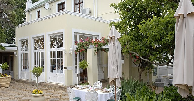 Qas holidays zuid afrika stellenbosch river manor for River north boutique hotels